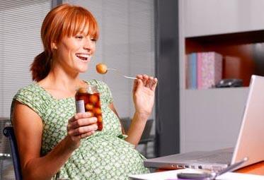 孕妈咪常吃糖 小心生出近视儿(组图)