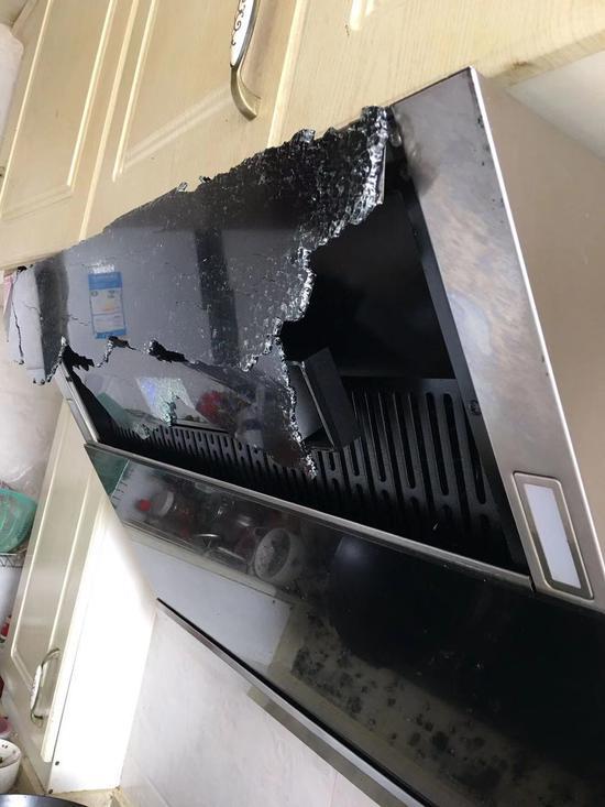 抽油烟机玻璃面板爆炸