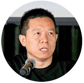 日前,据多家媒体报道,乐视创始人贾跃亭已经飞离美国,抵达中国香港,重要任务是为正处于资金危机中的乐视和乐视汽车寻找新的融资。根据他8月7日在社交网络上发布的信息,FF已在美国加州觅得新厂址,下一步是要赶在2018年量产新车型,现在公司面临的最大问题还是资金。而至于回到内地的时间,还无从得知。