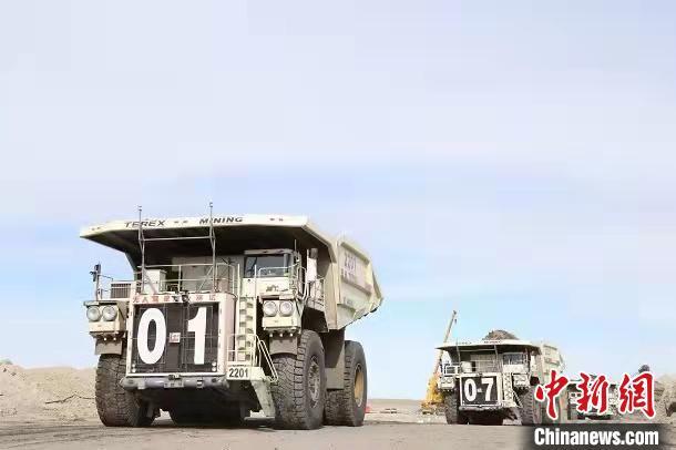 世界首个极寒露天煤矿5G+无人驾驶项目收尾