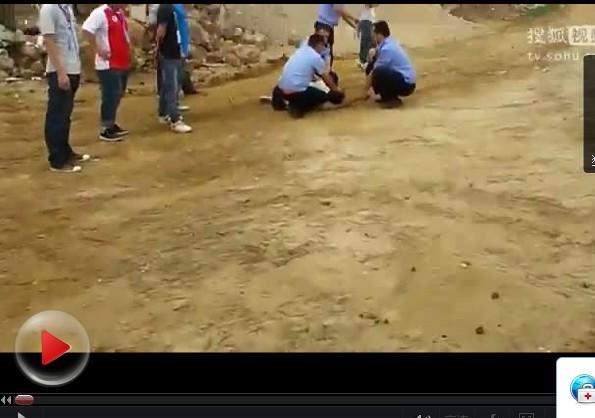 视频:南宁东盟经济开发区管委会暴力强拆现场